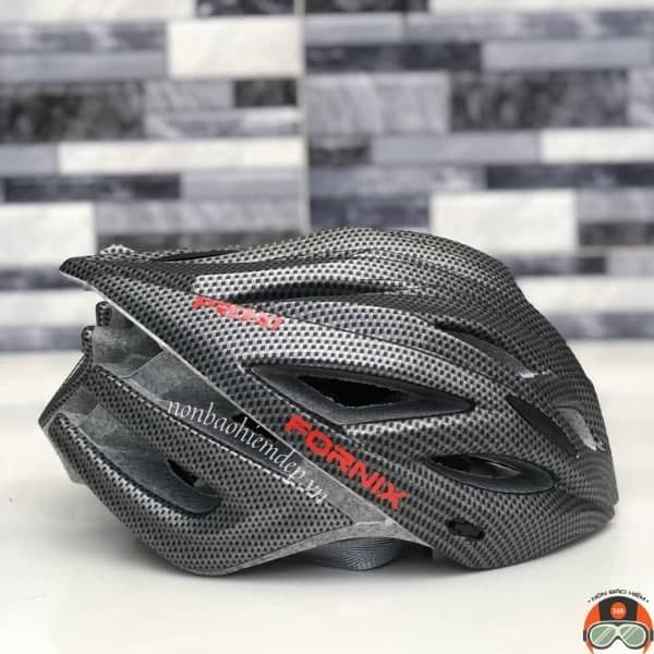 Non Bao Hiem Xe Dap Fornix Pro X1 Den Carbon (4)